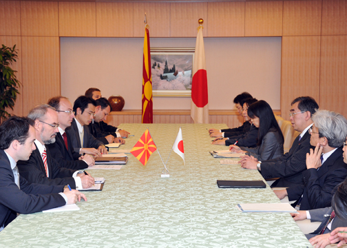 (Photo:Meeting between Mr. Takeaki Matsumoto, Minister for Foreign Affairs, and H.E. Mr. Antonio Milososki, Minister of Foreign Affairs of the Former Yugoslav Republic of Macedonia (FYROM))
