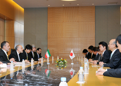 (Photo)Japan-Iran Foreign Ministers' Meeting (Overview)-2