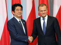 Japan-Poland Summit Meeting (1)