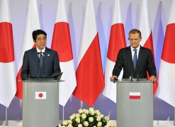 Japan-Poland Summit Meeting (3)