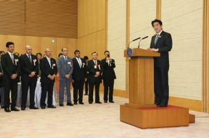 "Prime Minister Abe hosted an ""Iftar"" (1)"
