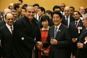 "Prime Minister Abe hosted an ""Iftar"" (2)"