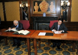 "Signing Ceremony for ""Memorandum of Cooperation (MOC) between The Government of Japan and The League of Arab States""(1)"