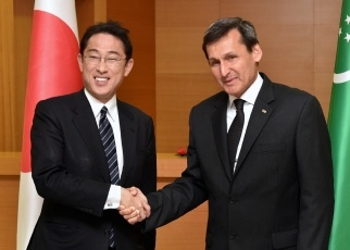 Japan-Turkmenistan Foreign Ministers' Meeting 1