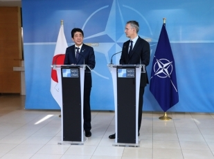 photo3: Prime Minister Shinzo Abe Meets with the Secretary General of NATO