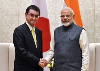 Foreign Minister Kono Pays a Courtesy Call on H.E. Mr. Narendra Modi, Prime Minister of India
