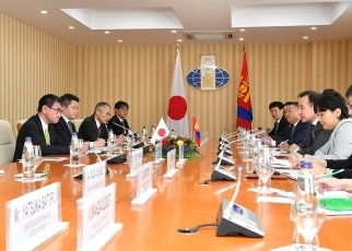 Japan-Mongolia Foreign Ministers' Meeting2
