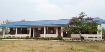 (photo2) Sanasomboun High School in Champasack Province at present.  The school building was constructed by Japan's ODA in 2012.