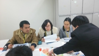 (photo5) Mr Kaysone Boutsady, left, participated in ODA lecture at MOFA, with other Lao students of Yamaguchi University