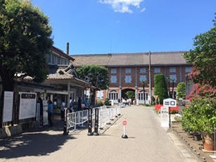 (Photo 5) Tomioka Silk Mill (World cultural heritage, National treasure)