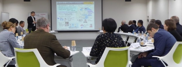 (Photo 10) Exchange of opinions at Aizu University