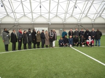 (photo 10) Dipllmats visited the all-weather training field in J-Village