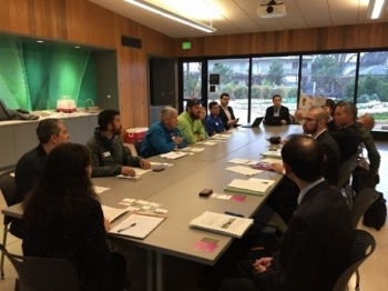 (photo 5) Meeting with staff of the botanical garden