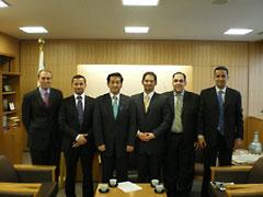 外務省: 平成18年度中東若手外交官等招聘(概要と評価)