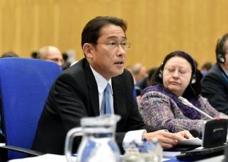 (写真5)2020年NPT運用検討会議第一回準備委員会に出席した岸田外務大臣