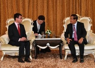 首相 カンボジア