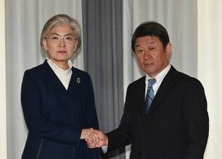 日韓外相会談|外務省