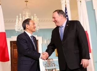 (写真2)ポンペオ米国国務長官との会談