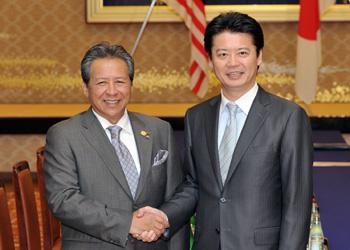 (写真)アニファ・アマン・マレーシア外務大臣の来日(平成24年4月24日〜25日)