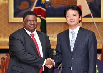 (写真)ヌヨマ・ナミビア共和国外務大臣の来日(平成24年7月23日〜26日)