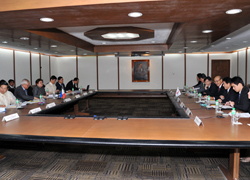 (Photo) Japan-Philippines Foreign Ministers' Meeting and Working Lunch (3)