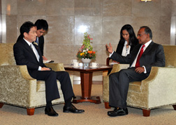 (Photo) Japan-Singapore Foreign Ministers' Meeting and Luncheon (2)
