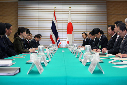 (Photo)Japan-Thailand Summit and Dinner Hosted by Mr. Yoshihiko Noda, Prime Minister of Japan (Overview)-2