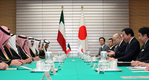 (Photo)Meeting between Prime Minister Yoshihiko Noda and H.H. Sheikh Sabah Al-Ahmad Al-Jaber Al-Sabah, Amir of the State of Kuwait-2